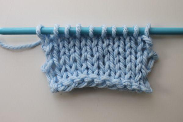 4 Ways To Neaten Sloppy Knit Edge Stitches Cause Im Craftayy