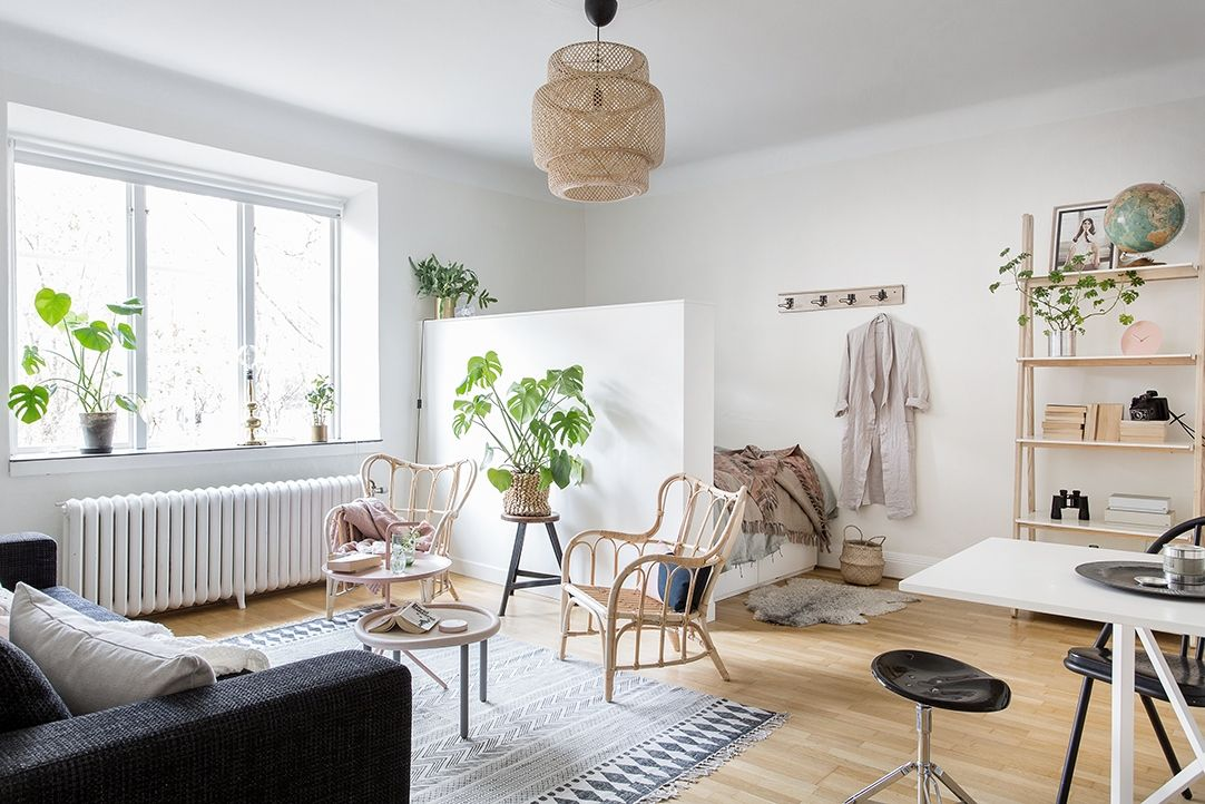 4 Fabulously Stylish Studio Apartments Studio Inrichten Een Kamer Appartement Studio Appartement Decoreren