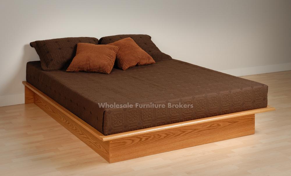 Japanese Style Platform Beds Design With Varnish Pine