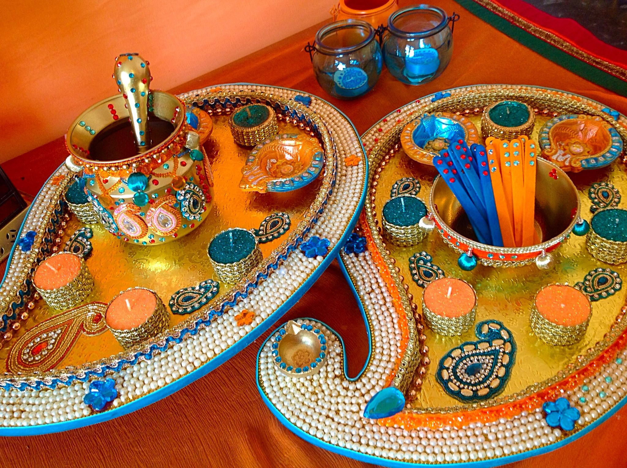 Diy Mehndi Plates : Large paisley shaped mehndi plates these are being used for the