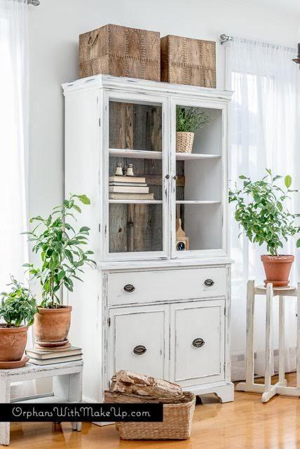 Rustic Farmhouse China Cabinet Vaisselier Blanc Restaurer Meuble Et Mobilier De Salon