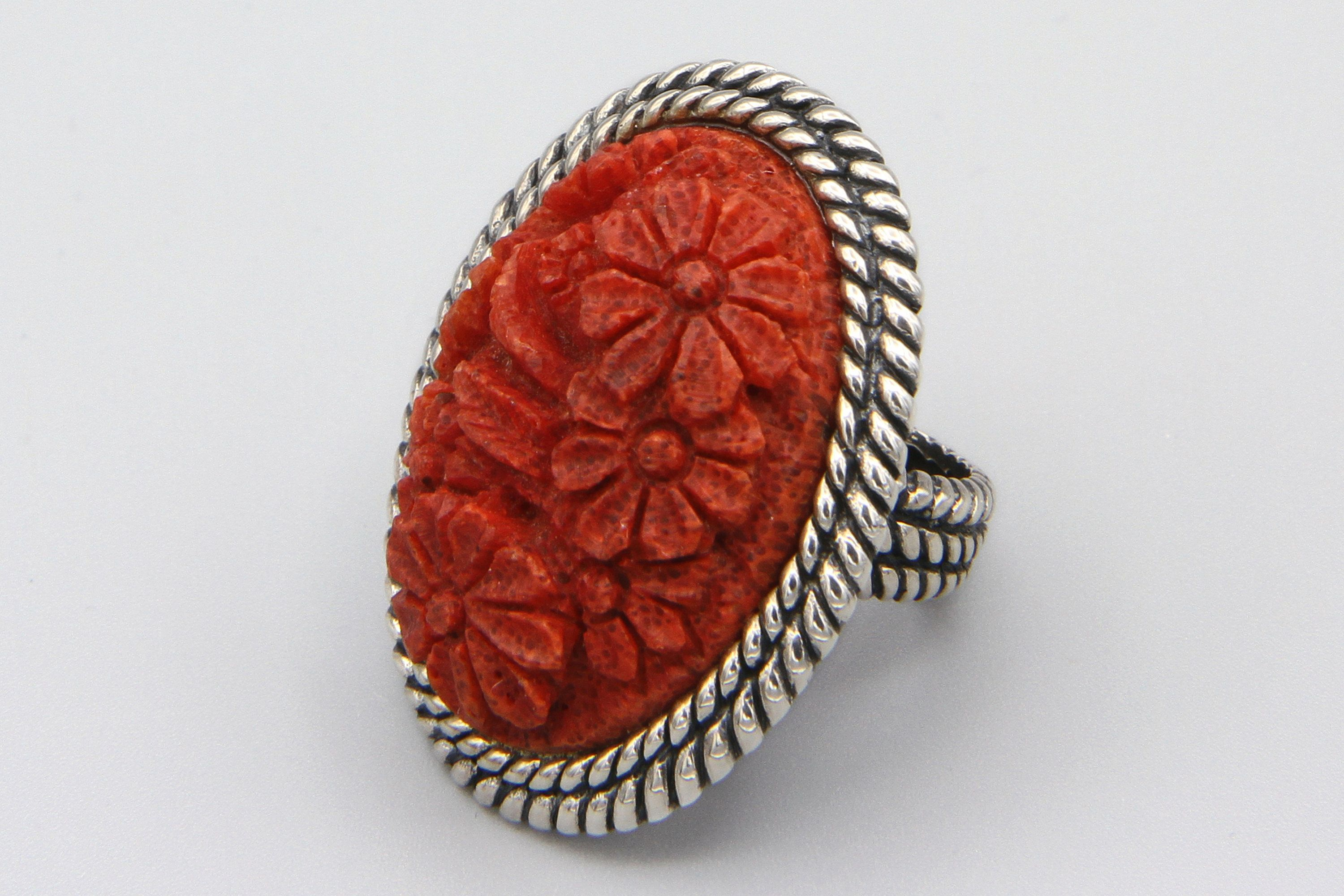 Outstanding Jewelry Red Coral 925 Sterling Silver Plated 8 Grams Ring Size 9 US