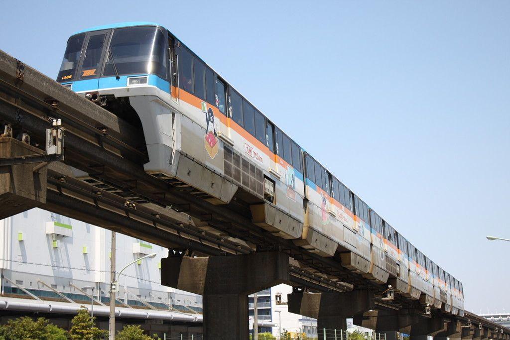 東京モノレール1000形 1066(Suicaラッピング車) - 写真共有サイト「フォト蔵」