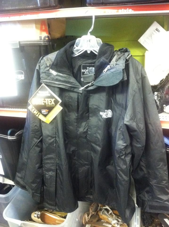 Guys North Face Jacket
