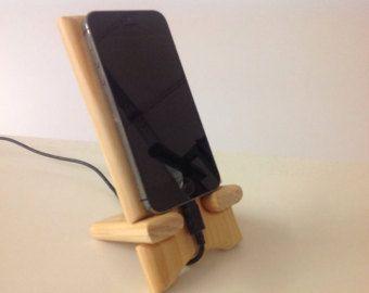 wooden smart phone stand keyring stehen handyhalterung und schnitzen. Black Bedroom Furniture Sets. Home Design Ideas