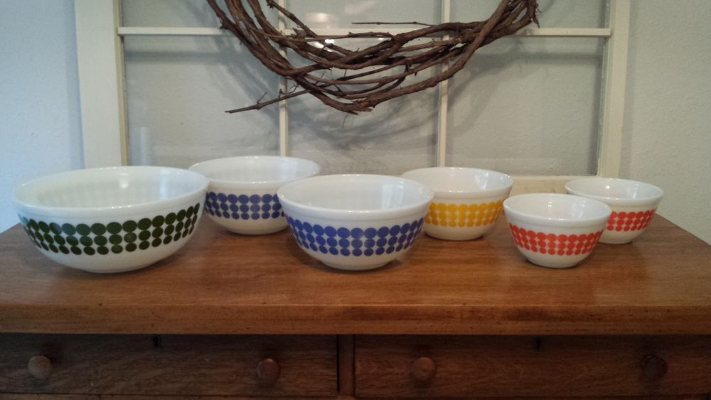 6 Vintage Pyrex Polka Dot Mixing Bowls Green Blue Yellow and Orange ...