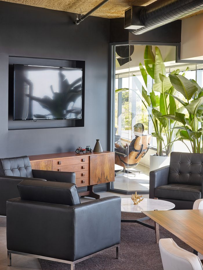Office Room Design Software: Office Tour: Procore – Carpinteria Offices