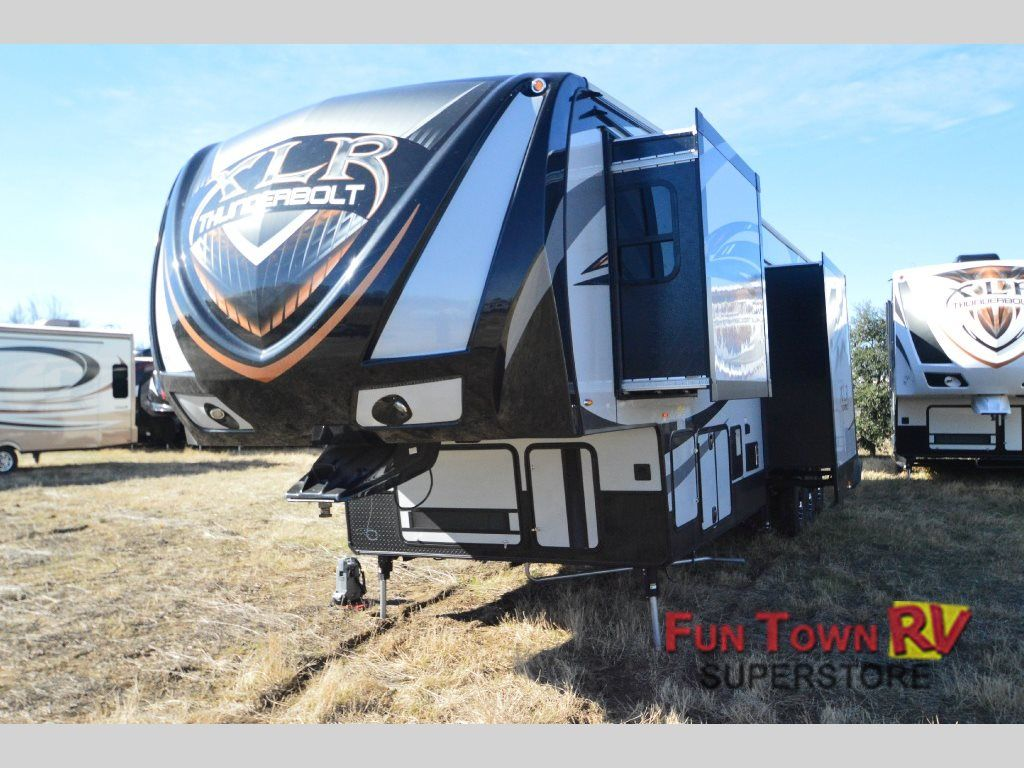 New 2015 Forest River RV XLR Thunderbolt 375AMP Toy Hauler Fifth Wheel at Fun Town RV | Cleburne, TX | #135262
