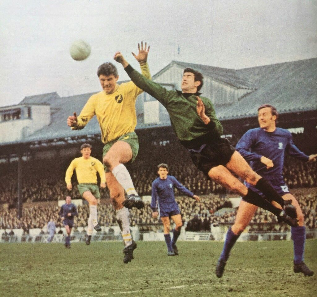Chelsea 1 Norwich City 0 in February 1968 at Stamford Bridge. Peter Bonetti punches clear in the FA Cup 4th Round.