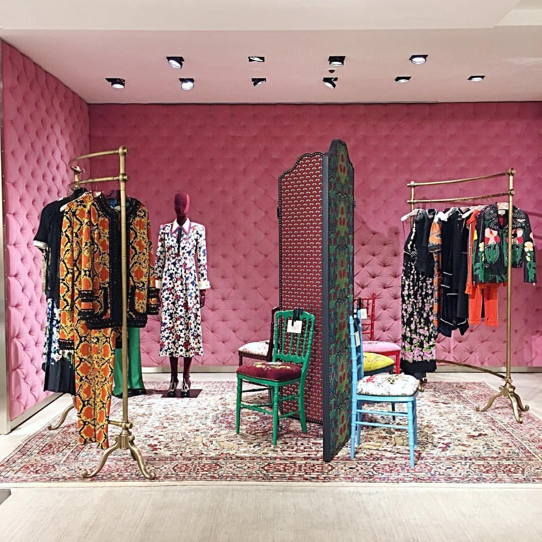 "brand new 8c52d 58f27 GUCCI, Via Montenapoleone, Milan, Italy, ""The Vintage Corner ..."