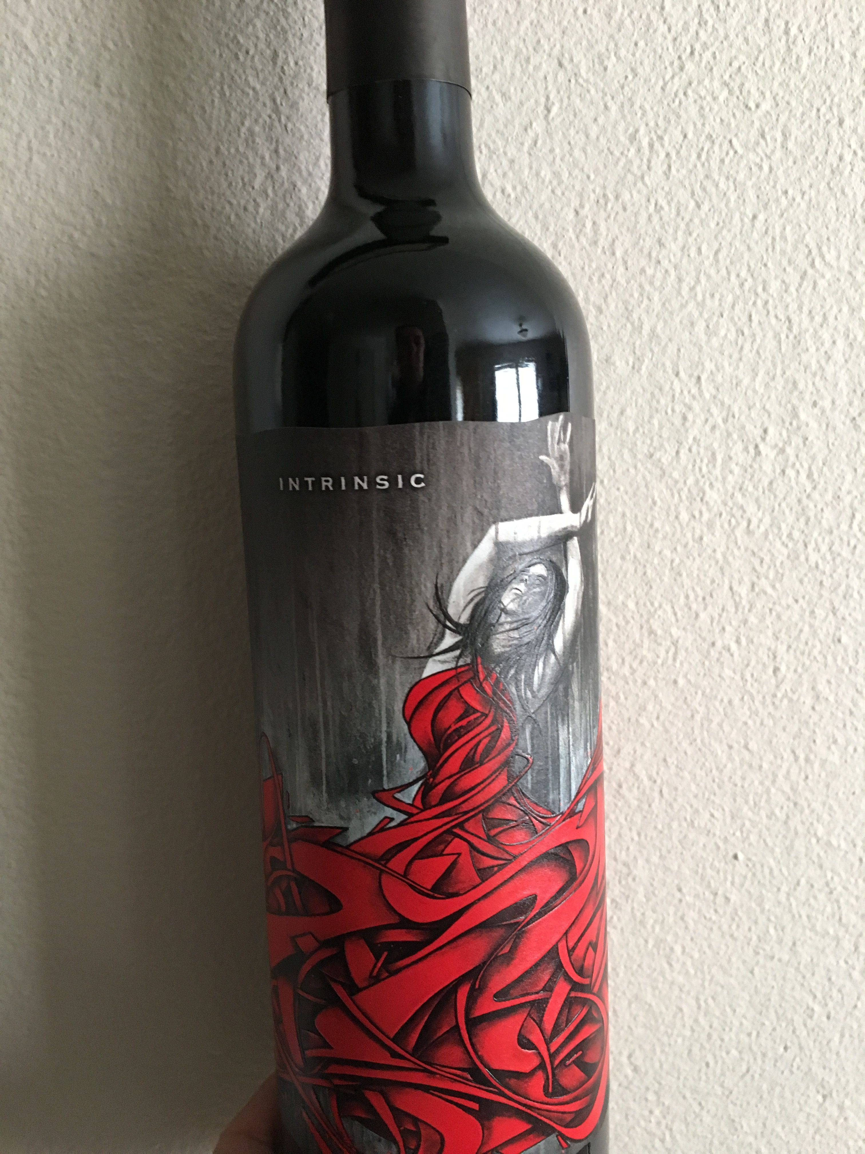 Intrinsic Cabernet Sauvignon 2015 At Safeway 20 Was Rated In Top 100 2015 Very Good Slightly Sweet At First With Smo Wine Label Maker Malbec Wine Wine Top