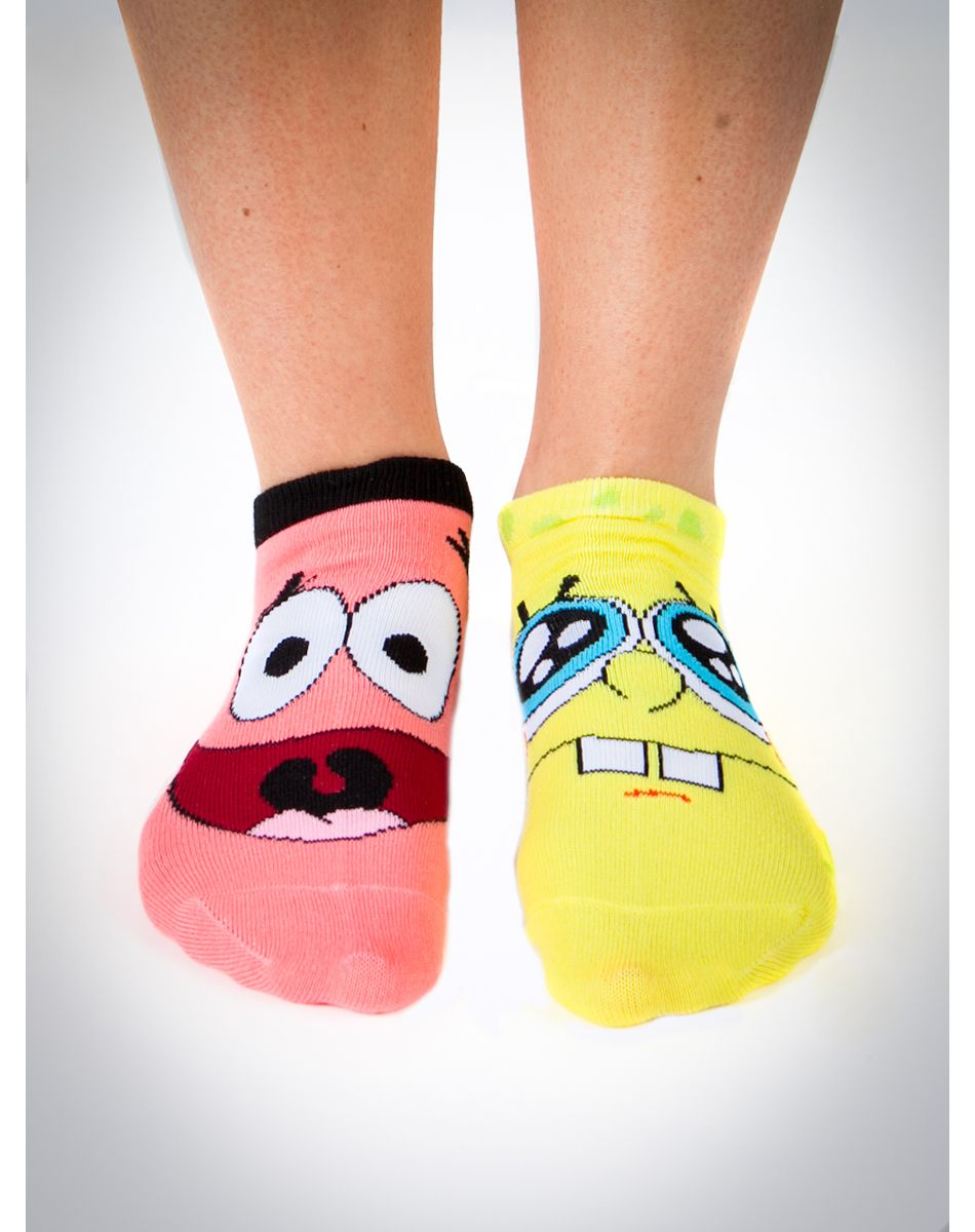 this is literally the most perfect gift for me. spongebob socks.