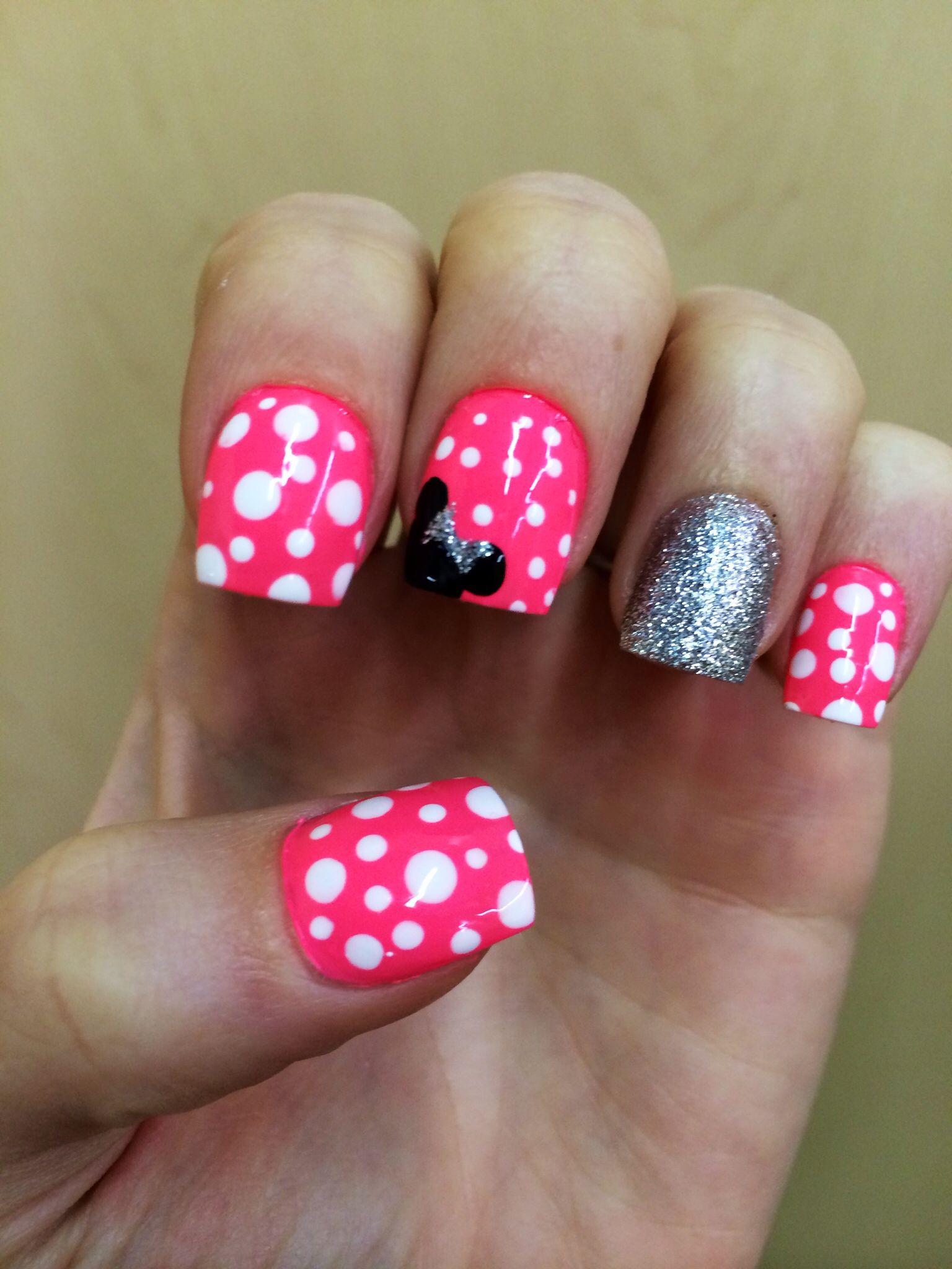 Disney minnie mouse nails nails i 39 ve had pinterest for Acrylic toenails salon