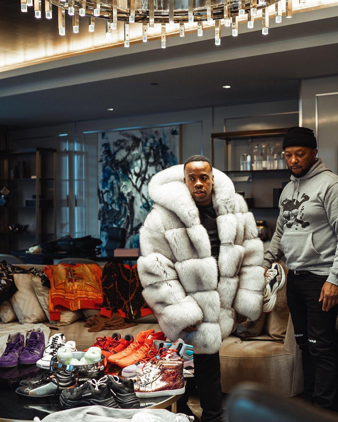 Yo Gotti On Instagram Expensive Habits Pickin Thru My Drip For Chicago Untrapped Knowurworth Fur Hood Coat Coat Fur Hood
