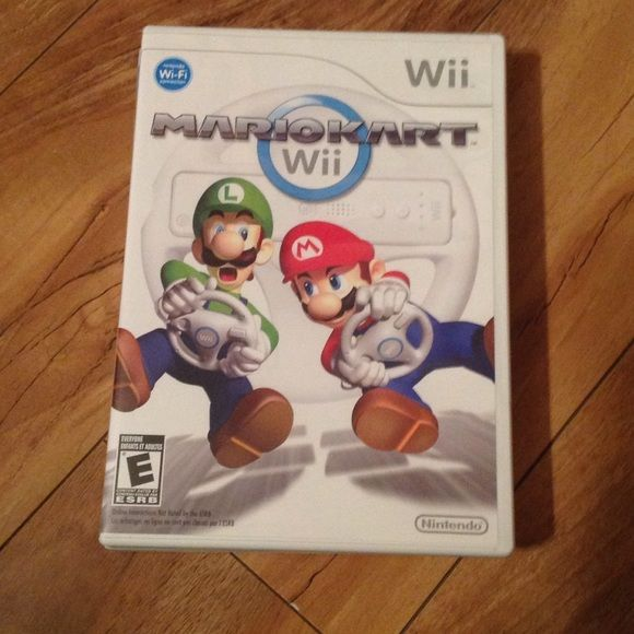 Wii game - MARIO KART Used very little, still like new! (I have more wii games!!) Wii Other