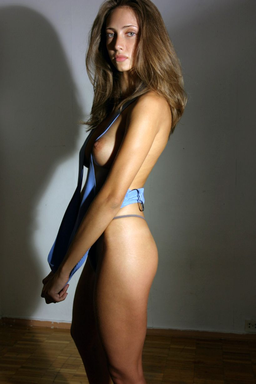 Bikini Sofia Harmanda nudes (17 photo), Topless, Hot, Feet, in bikini 2015