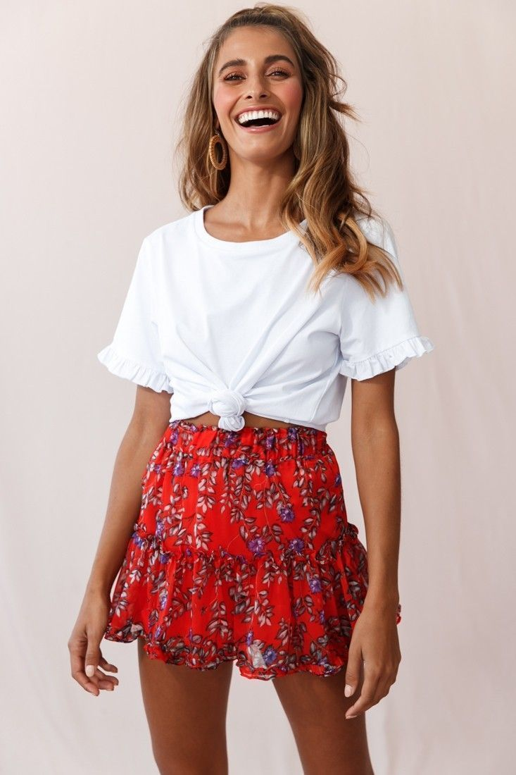 Alexi Mini Skirt Floral And Vine Print Red   – Red Outfits #floral skirt street … – Summer outfits
