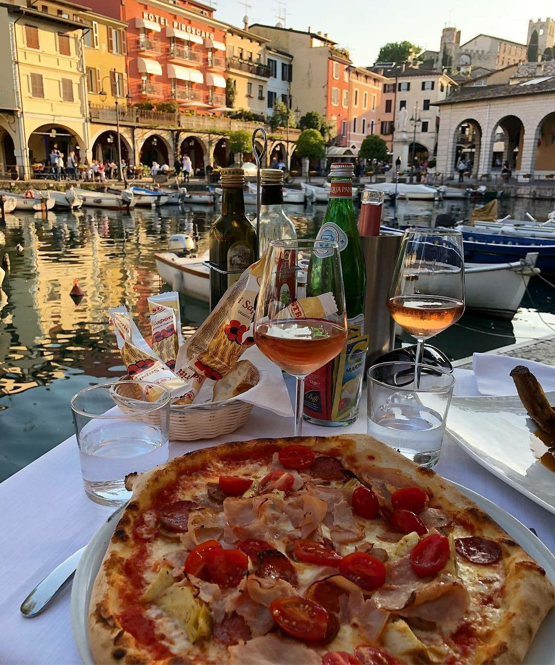 Venice Italy Summer Love Cleanness River City Pizza Wine Dinner Romance Beautiful View Wo Food Veggie Casserole Healthy Pizza