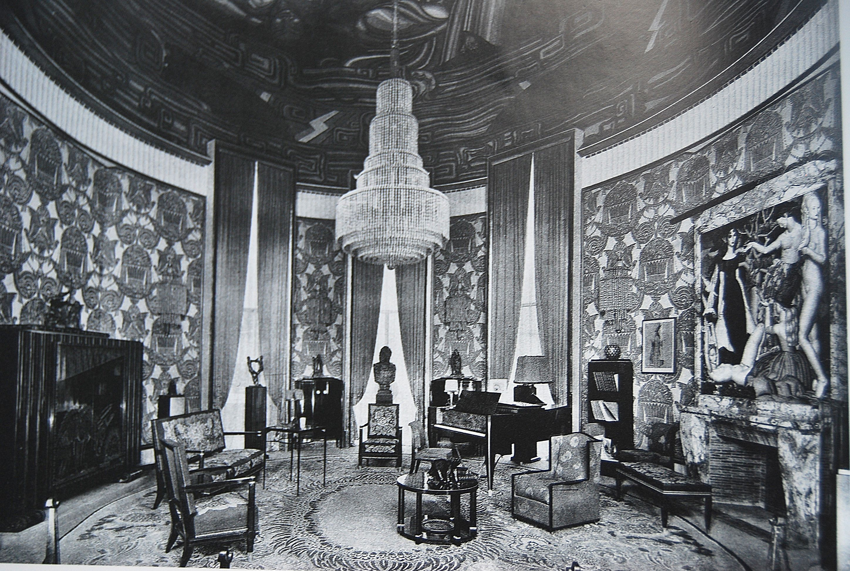 the 1925 paris exposition ruhlmann 39 s grand salon was dedicated to music and featured a gaveau. Black Bedroom Furniture Sets. Home Design Ideas