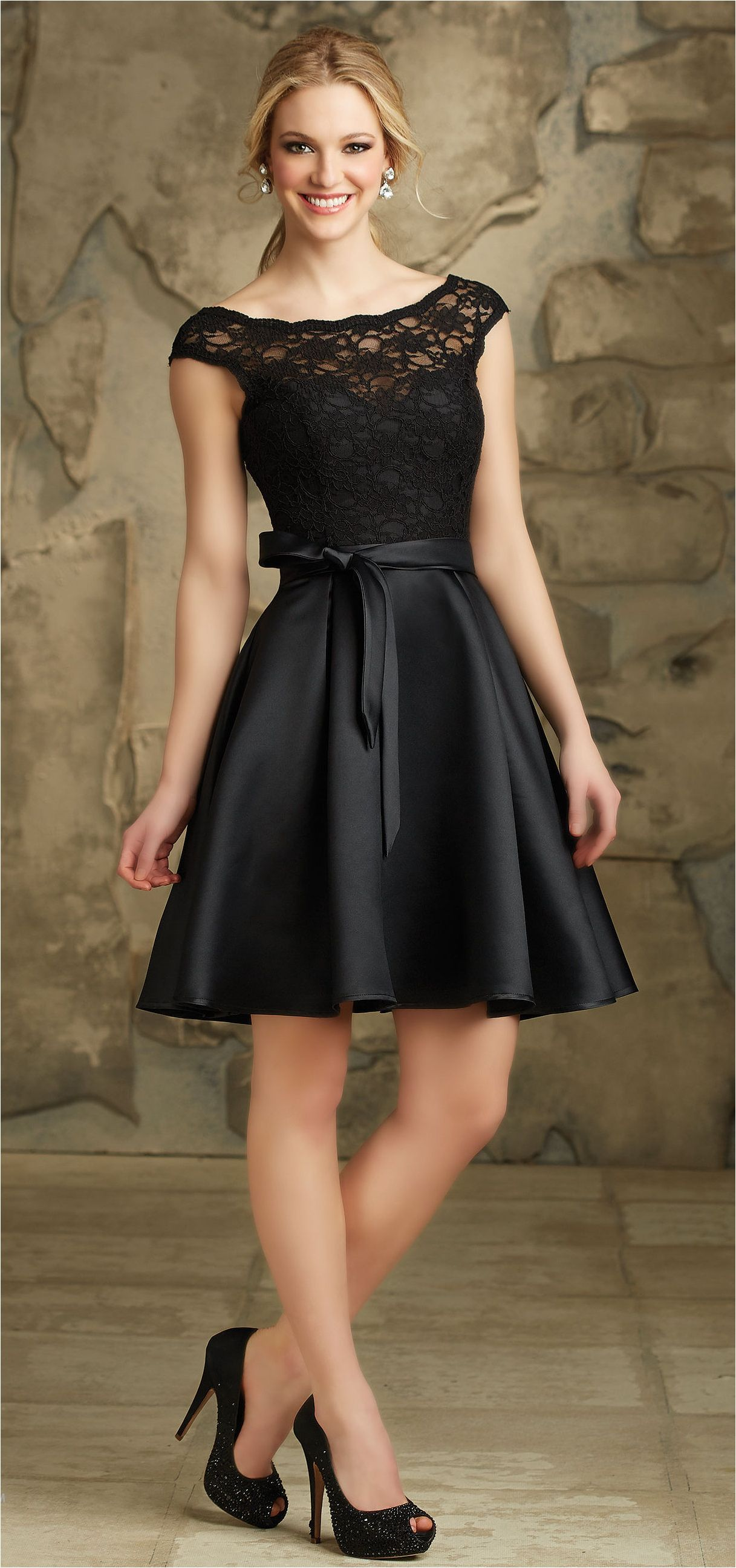 Black dresses for wedding   Cute Lace Short Bridesmaid Dresses Trends and Ideas  jEsSy