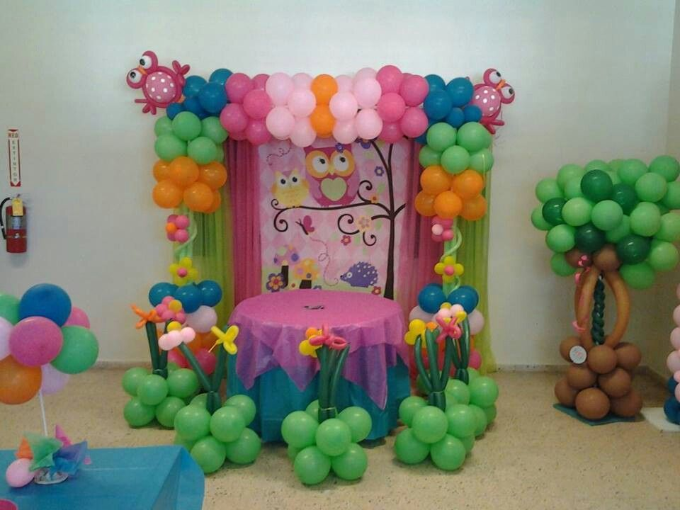 Buho decoracion en globos globos pinterest for Decoracion simple con globos