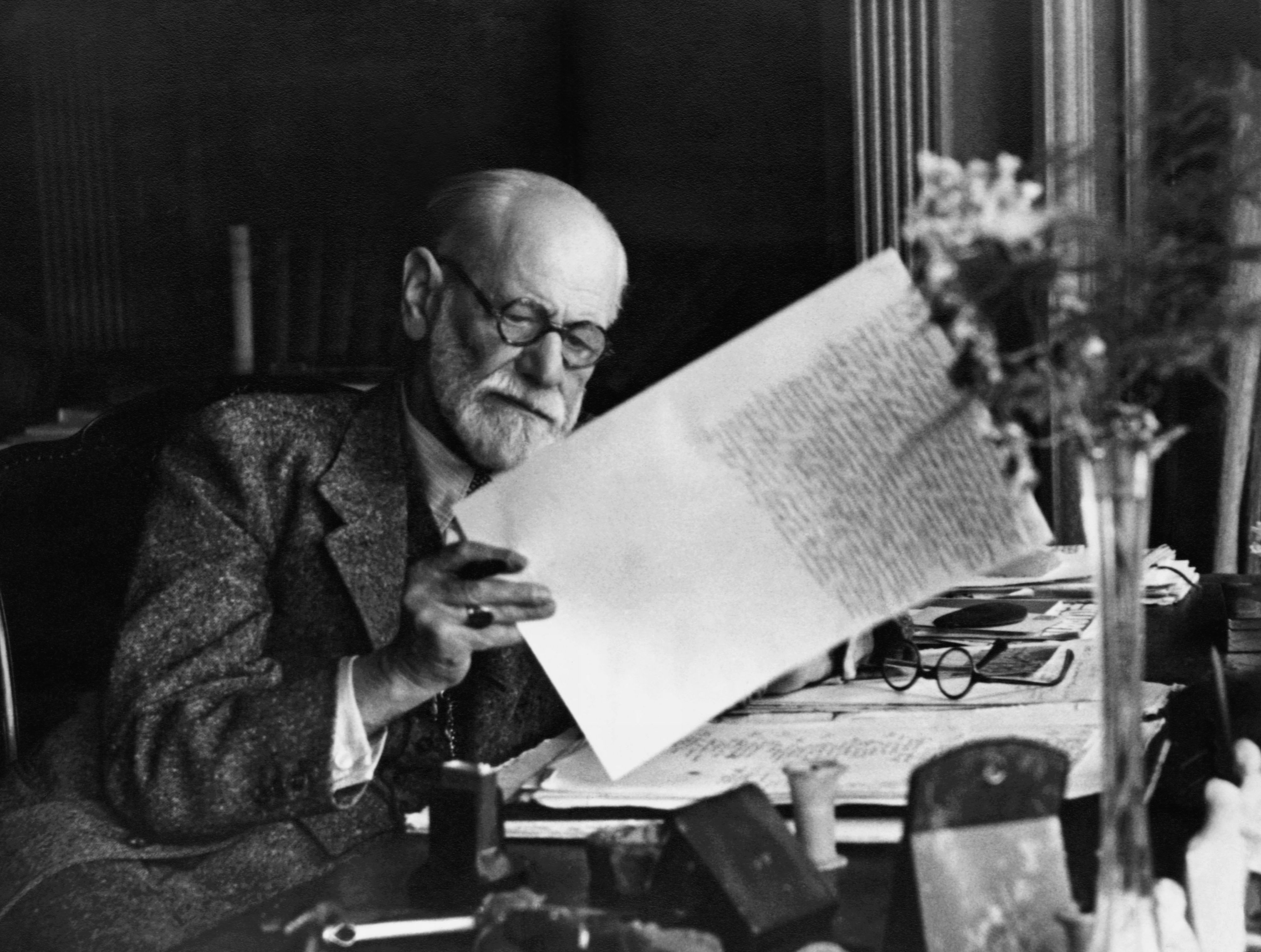 Freud  #check #out #Freuds #top #ten #quotes at www.gazinggirl.com