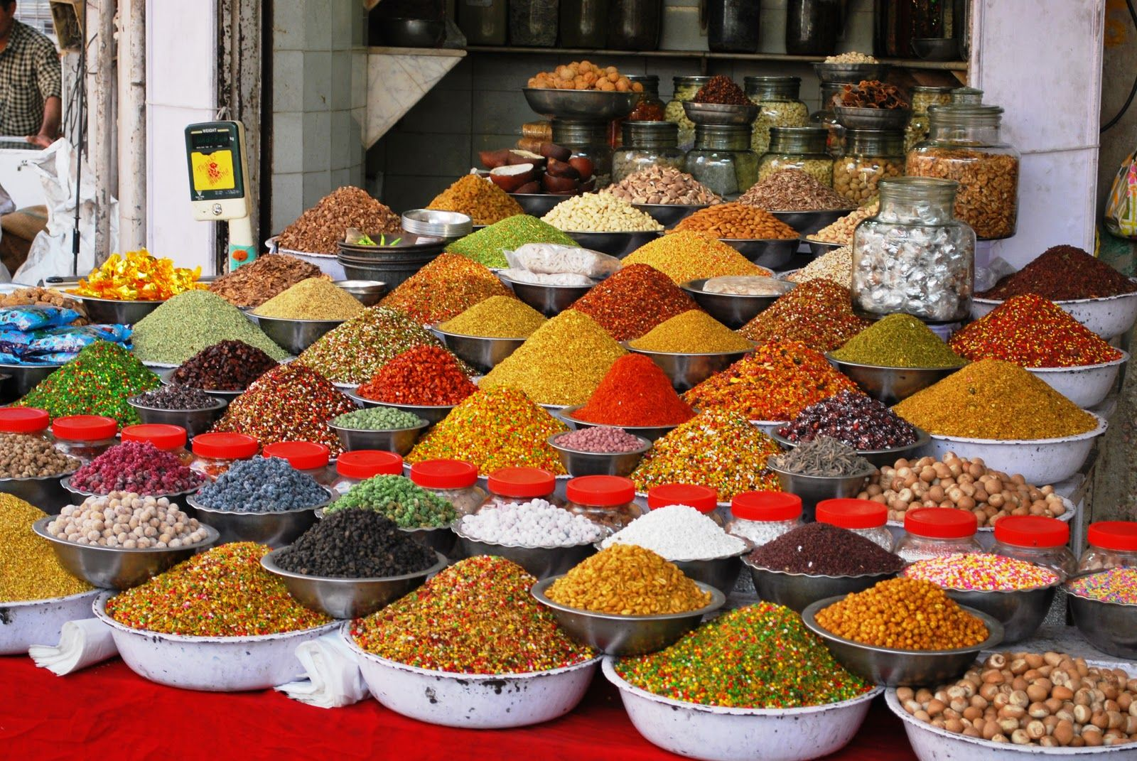 A middle Eastern spice market   Asian spices, List of ...   Middle East Spice Market