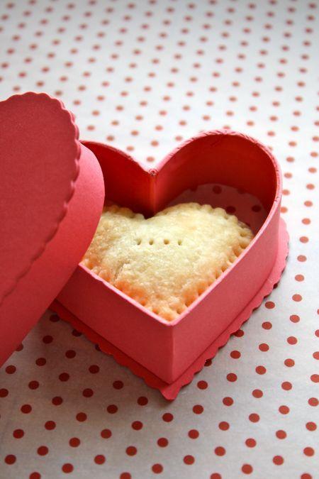 Sweetie Pies! so cute for #ValentinesDay via @thefarmchicks