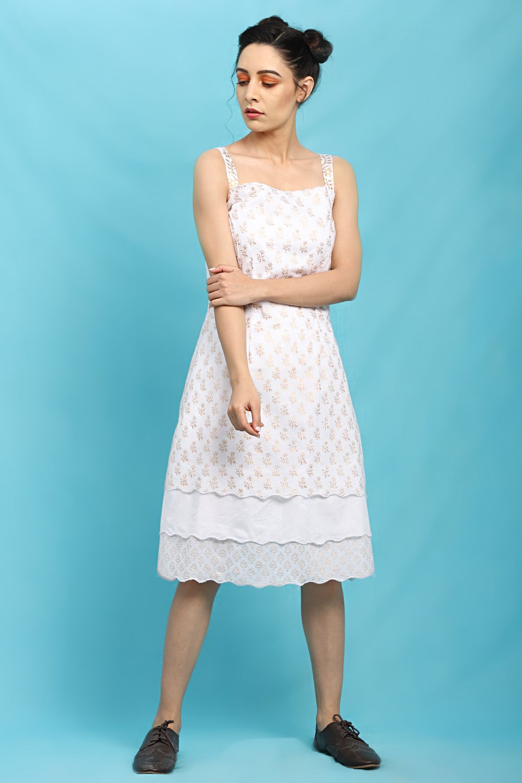 White Layered Scallop Dress Dresses Scalloped Dress Versatile Outfits [ 1500 x 1000 Pixel ]