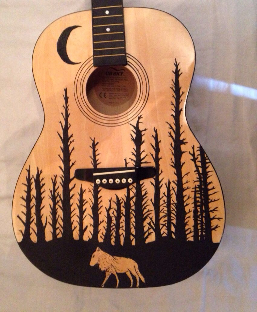 Hand Painted Vintage Acoustic Cbsky Guitar With Wolf And Pine Tree Design This Is A Gorgeous Guitar With A Lovely Desig Guitar Painting Guitar Art Ukulele Art