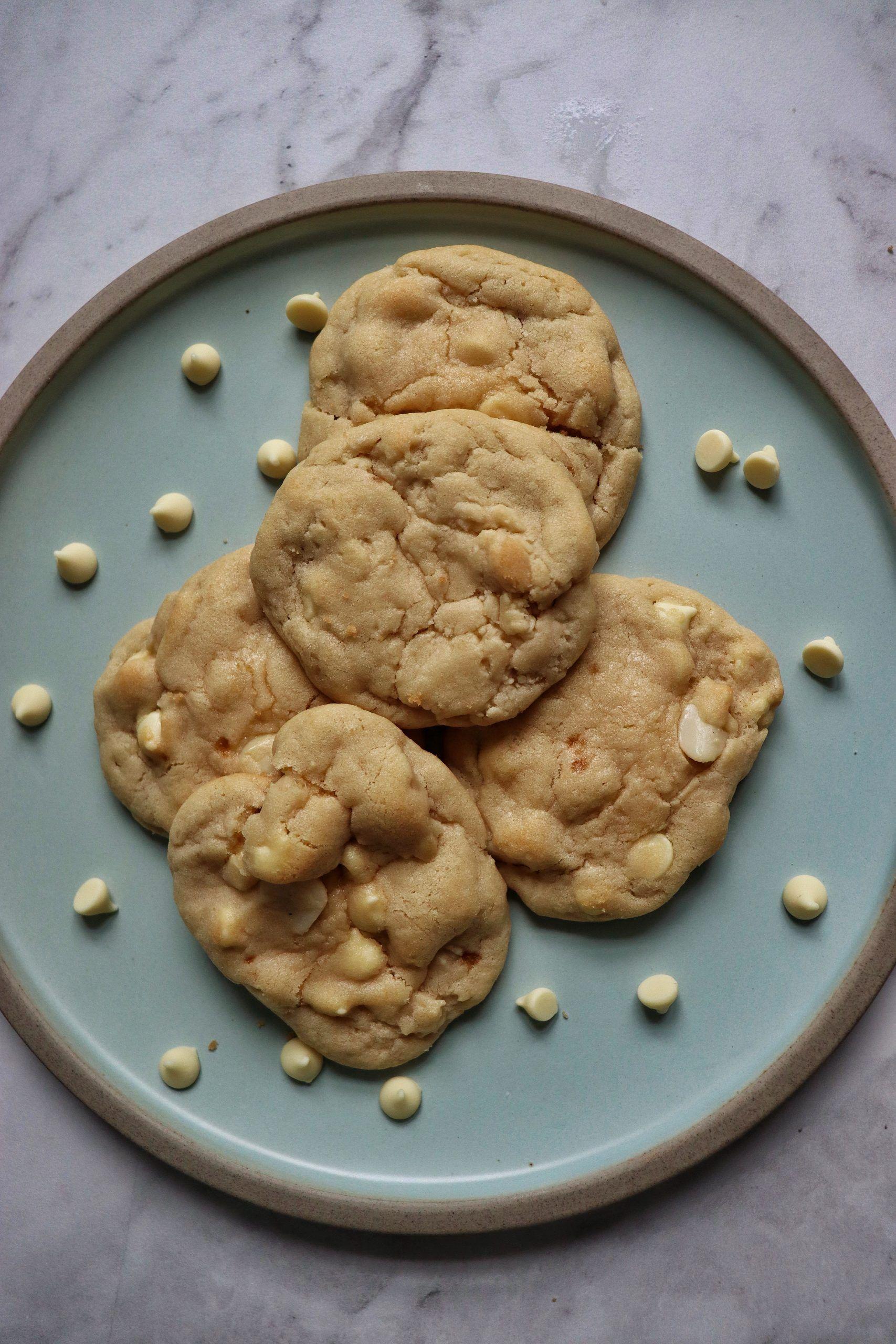 White Chocolate Macadamia Nut Cookies Subway Copycat Recipe White Chocolate Macadamia Nut Cookies Macadamia Nut Cookies Chocolate Macadamia Nut Cookie