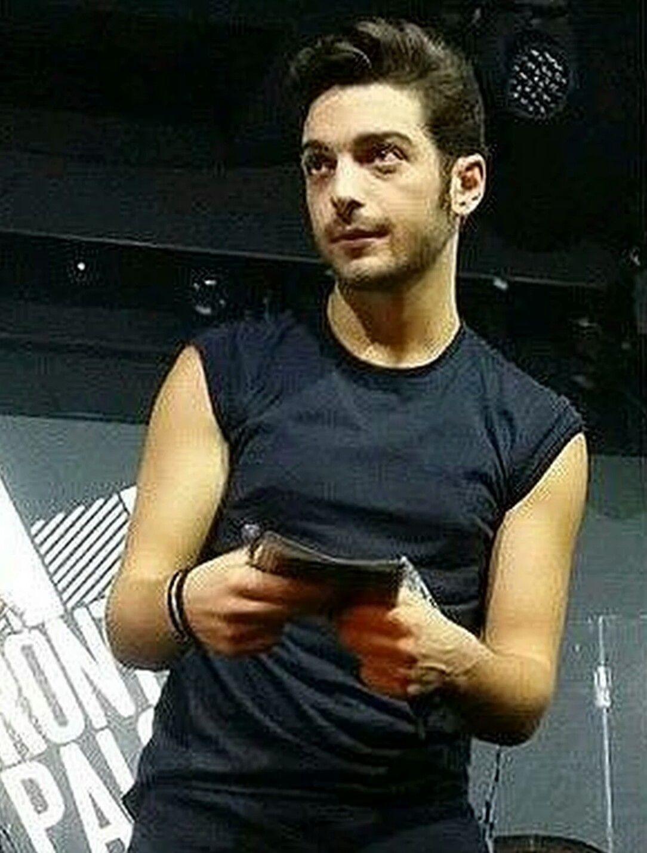 Gian♥ Twitter -adro Gianluca Ginoble-