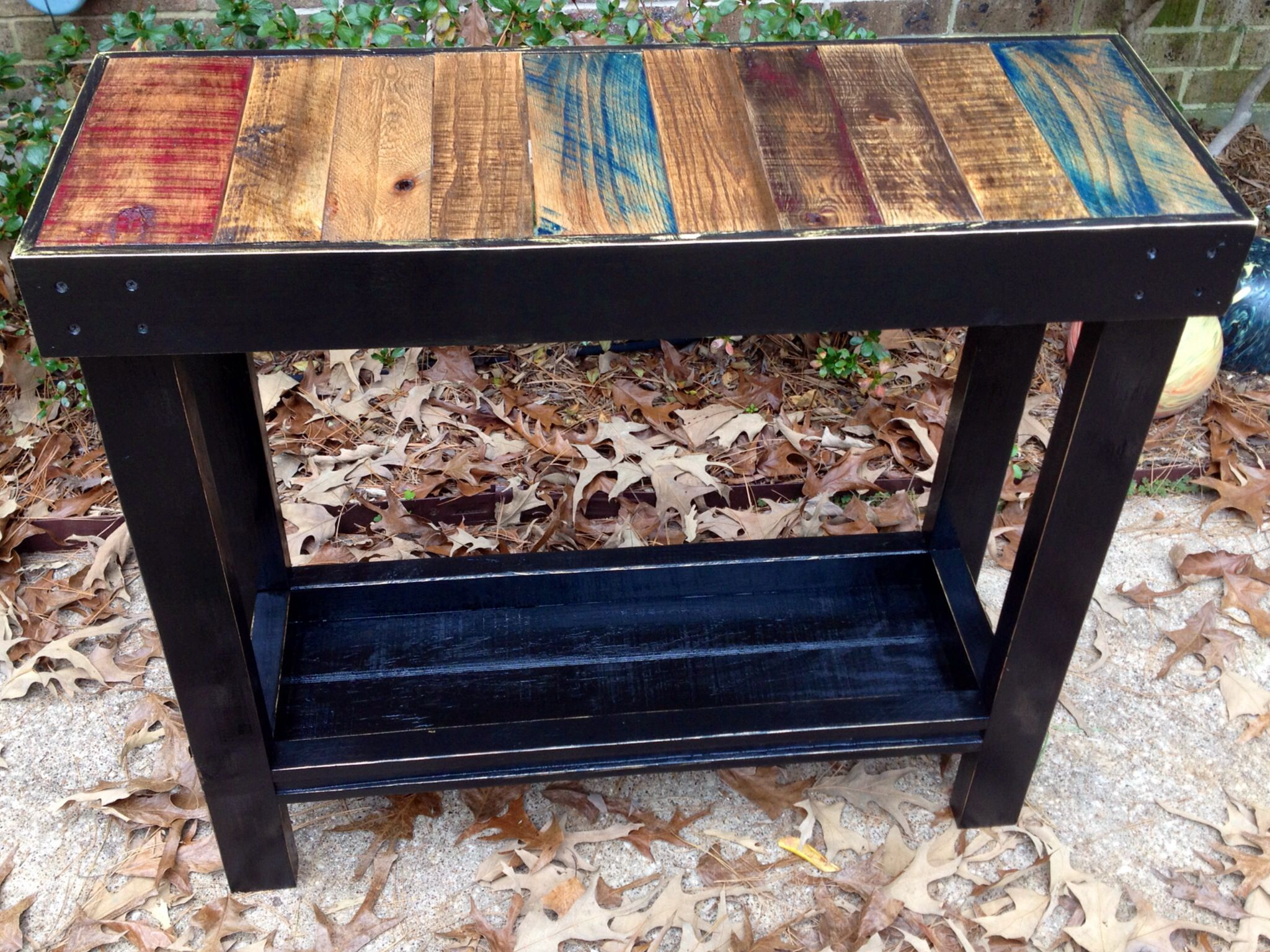 Pallet wood coffee bar (With images) | Coffee bar, Wood ...