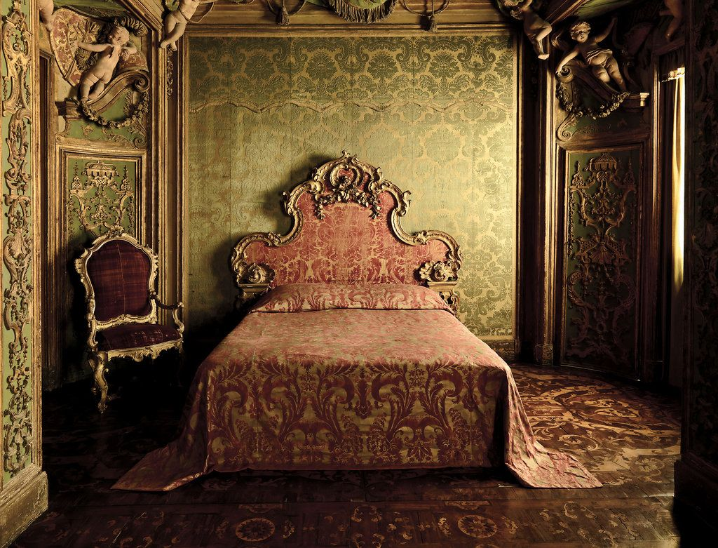 Metropolitan Bedroom Furniture The Majesty Of Jacquards Metropolitan Museum Museum Of Art And