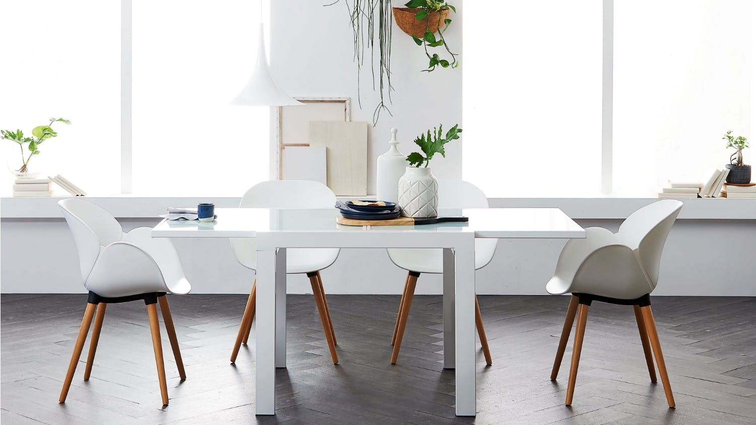 Monaco Extension Dining Table Monaco Extensions and Timeless design