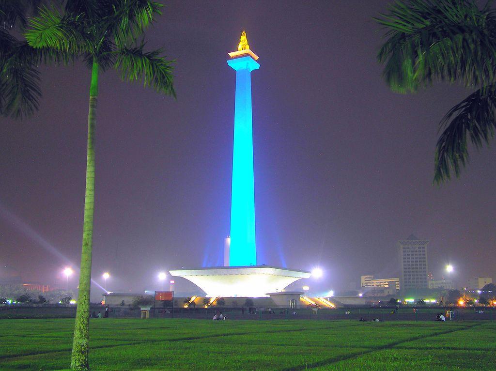 national monument monas merdeka square jakarta indonesia brightly coloured building