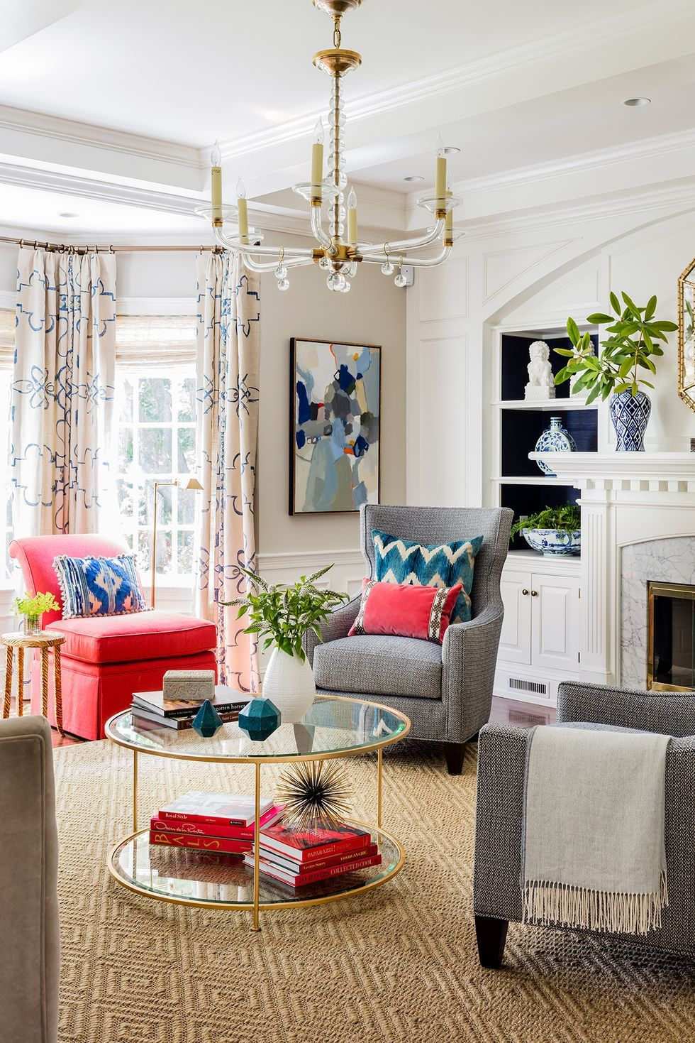 20 Easy Coffee Table Styling Tricks To Try Now In 2020 Small Living Room Decor Stylish Living Room Living Room Designs #small #living #room #remodeling #ideas