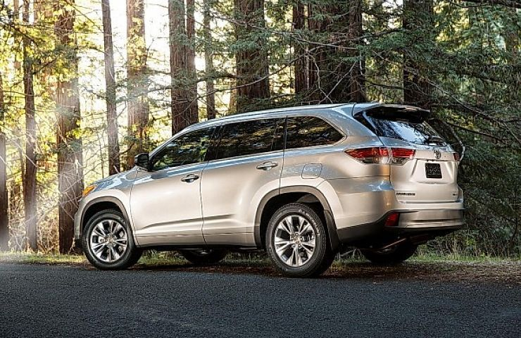 2014 Toyota Highlander Preview With Images Toyota Highlander