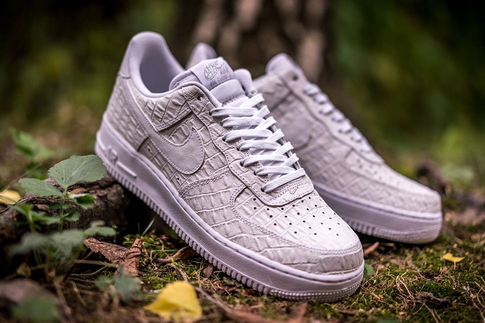 on feet at hot sale new product Nike Air Force 1 07 LV8