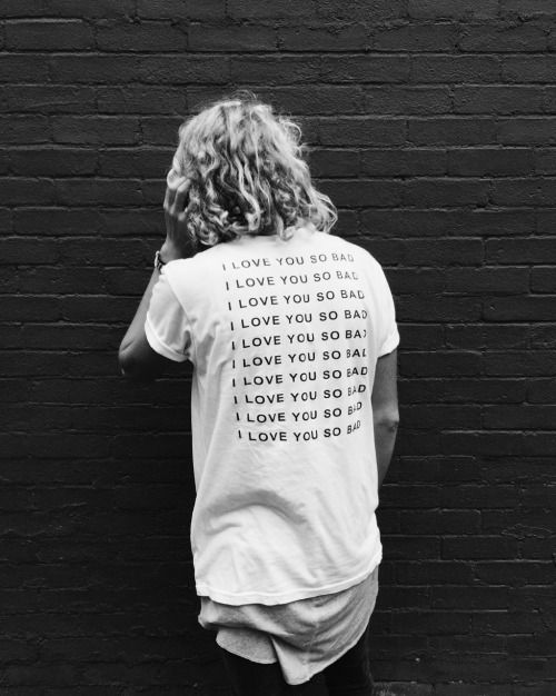 want this shirt in black or white. from the band: LANY.