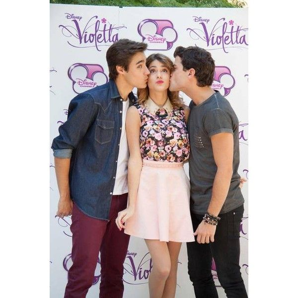 Martina Stoessel Jorge Blanco E Diego Dominguez Al Photocall Di Violetta Violetta And Leon Disney Channel Celebs
