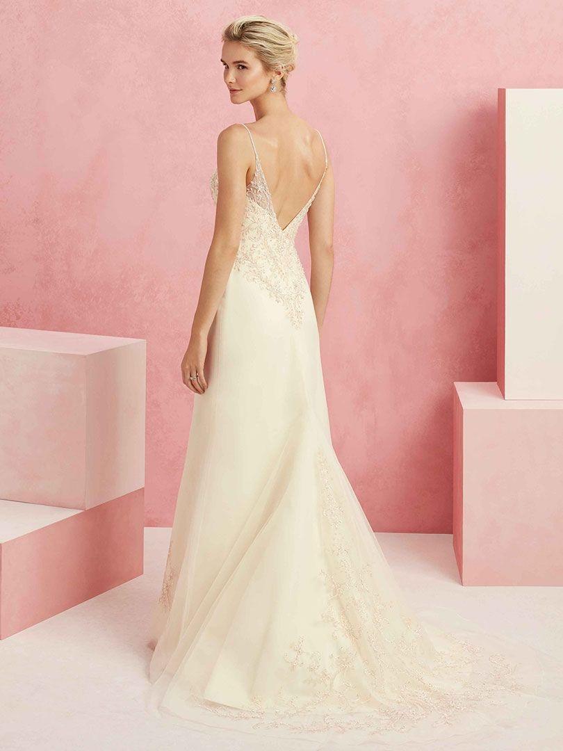 Style BL222 Rosy #henrysbride #happilyeverafteratthehenrys #engaged ...