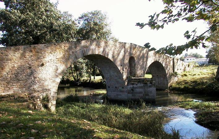 Puente Romano De Colloto Oviedo Asturias Paisajes De España Oviedo Asturias Turismo Rural