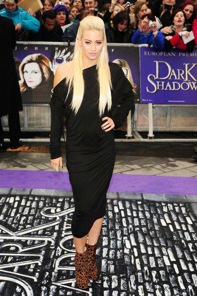Kimberly Wyatt Photo - 'Dark Shadows' Premieres in the UK