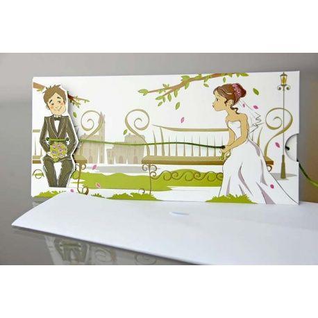 Invitación de boda original novia atrapando al novio en un parque - invitaciones para boda originales