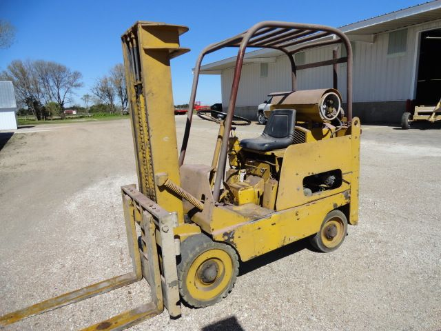 AUCTION COMPLETE! - Gary Newsome Equipment Retirement Auction - Day 2--ONLINE ONLY--Ruhter Auction & Realty, Inc. 402-463-8565 ruhterauction.com