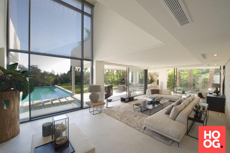 Luxe Woonkamer Inrichting : Moderne woonkamer inrichting met luxe meubels moda villa