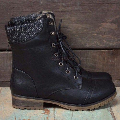 Image via We Heart It https://weheartit.com/entry/138959218 #autum #boots #cute
