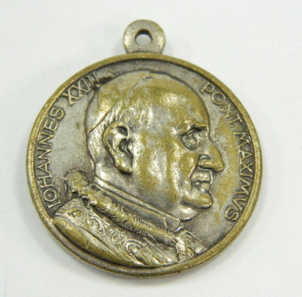 Pope John XXIII, Pont  Maximus, St  Christopher, Large