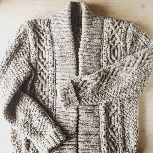 You guys you guys YOU GUYSSSSSSS! This absolutely breathtaking hand knit miracle arrived today from my aunt; I had the impudence to ask her to knit something for me last year (before I got my own sea legs back) and the angel said yes and slaved over this @brooklyntweed Rowe cabled coat designed by @mishi2x for the better part of a year. I have never worn anything made with more love in my life or felt more grateful to a fellow maker. Our hands can make and give pure magic. Fully expect me to…